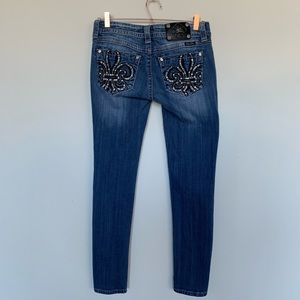 Miss Me embroidered skinny jeans sz 28